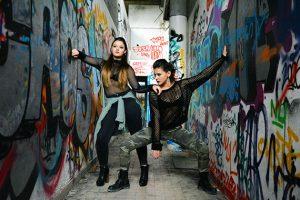 shooting photo avec las chispas studio danseuses de raggaeton sur le thème amazones